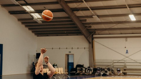 Prinses Margriet opent fototentoonstelling Paralympisch Sporten op Papendal