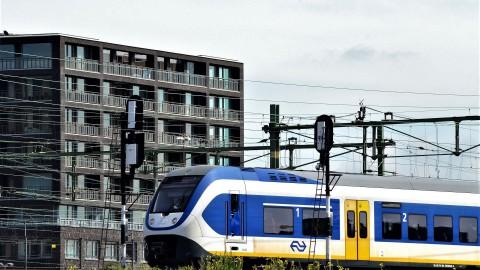 Overlast voor treinreizigers vanwege werk aan station Almere Centrum