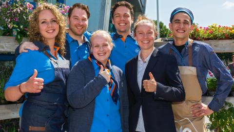 Vertrouwd winkelteam in gloednieuwe Albert Heijn Almere Salsa