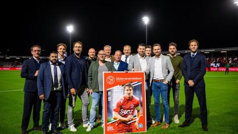 Stickerverzamelalbum Almere City FC vanaf 4 oktober bij Albert Heijn
