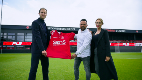 Almere City FC eerste club met tv-gerichte tweede ring LED-boarding dankzij PLS