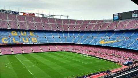 Dest verruilt Ajax voor FC Barcelona