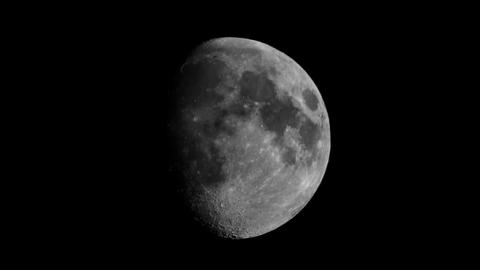 NASA wil eerste vrouw op de maan in 2024
