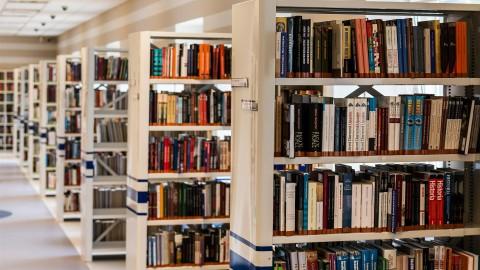 Bibliotheek Almere komt met openingstijden voor risicogroepen