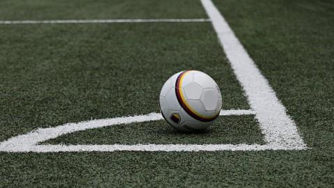 FC Almere dames 1 wint tegen Cobuboys