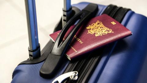 Paspoort en ID-kaart thuisbezorgen: college ziet het niet zitten