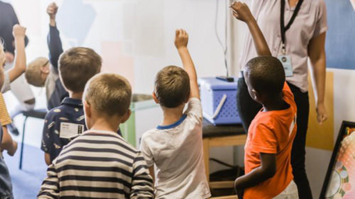 Beroep op Weerwind om scholen te sluiten