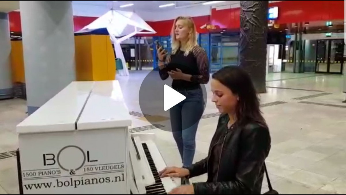 Talentvolle muzikale studenten geven nachtelijk concert