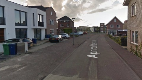 Oplossing parkeeroverlast Aphroditestraat in Poort