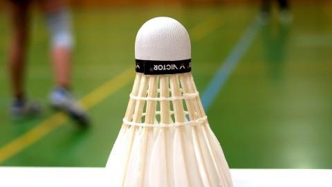 Finaleplaats ver weg voor badmintonners