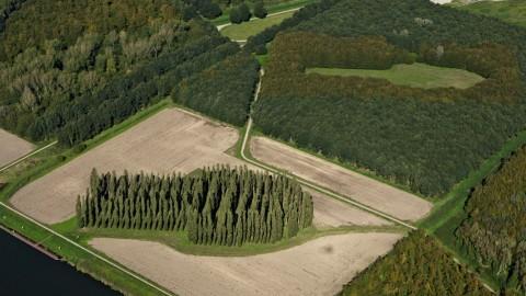 Vandaag organiseert Land Art Flevoland een bustour langs kunstwerken en het bijzondere erfgoed van Flevoland.