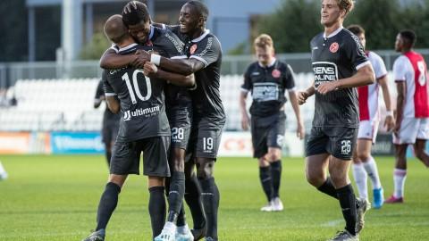 Krankzinnige slotfase doet Almere City FC de das om