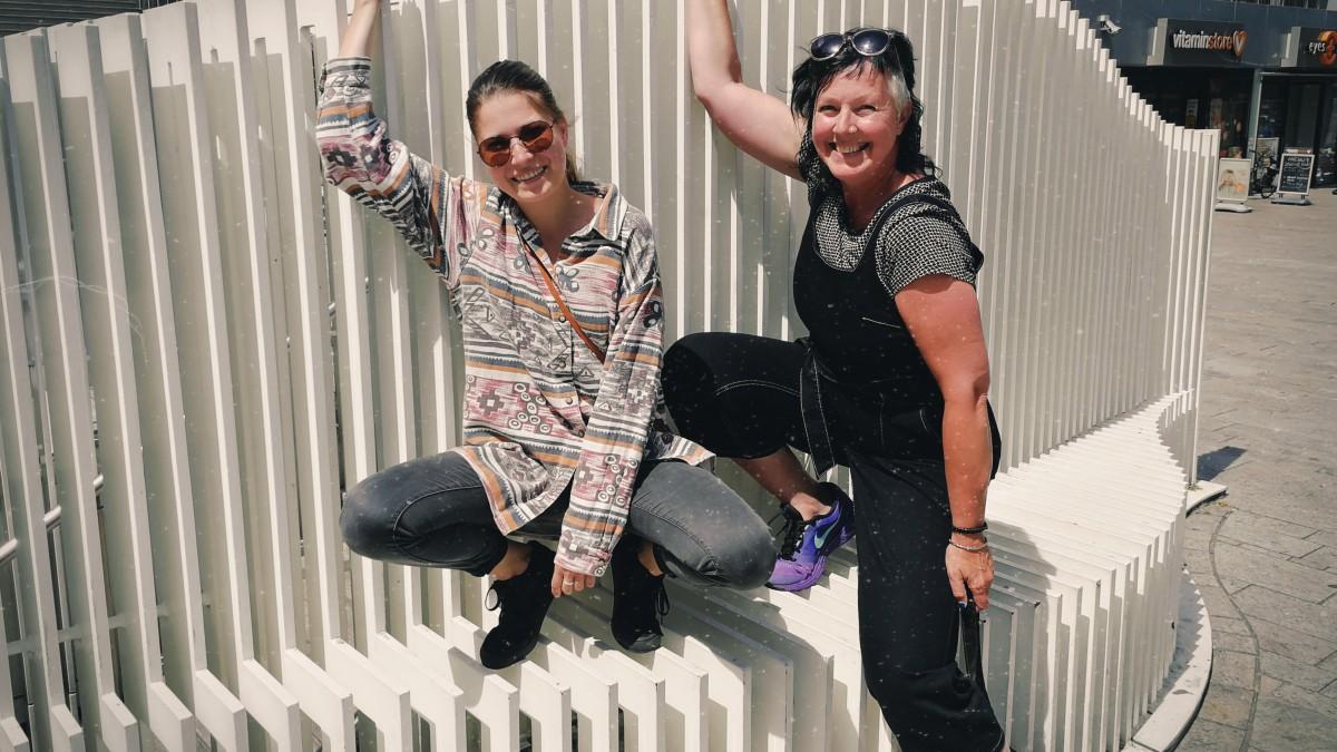 Kunstduo zoekt geld voor beeldende kunst bij UIT-festival