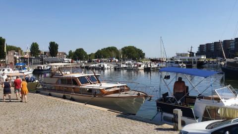 Belanghebbenden Havenkom dagvaarden gemeente Almere