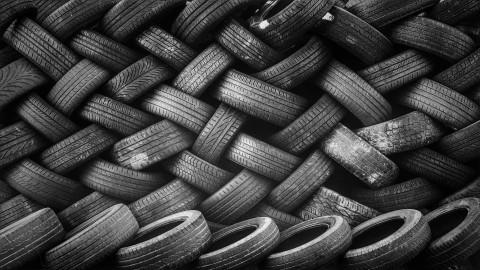 500.000 auto's nog steeds op winterbanden in tropische hitte