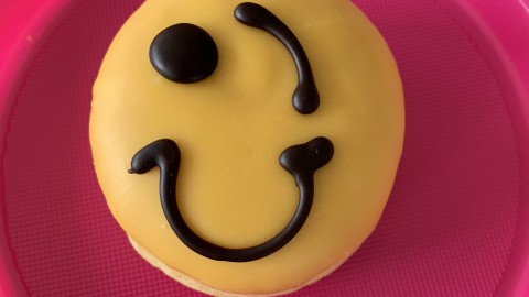 Dunkin' Donut of the Day #02 - Mr Happy