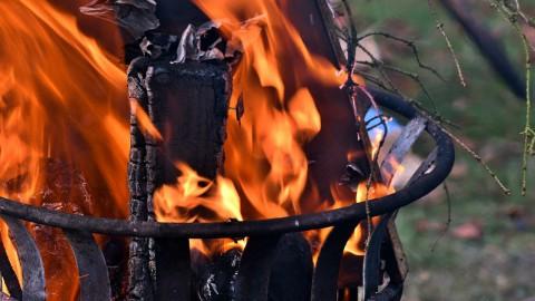 RIVM: geen hout stoken vanwege gezondheid