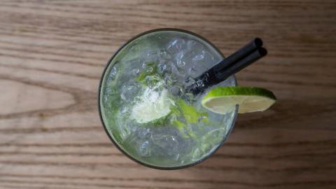 Zelf een lekkere zomerse cocktail maken?