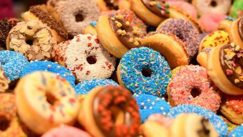 Verjaardagsdonuts bij Dunkin' Donuts!