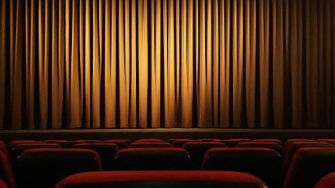 Theatergroep Suburbia speelt weer