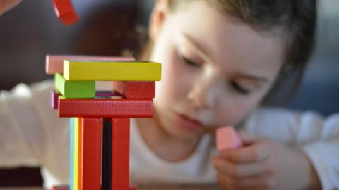 Noodopvang voor kinderen van ouders met een cruciaal beroep en kwetsbare kinderen