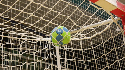Martine Smeets met Nederlandse handbalsters uitgeschakeld op EK