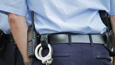 Politie doet onderzoek na schoten bij Schoolwerf in Almere Haven