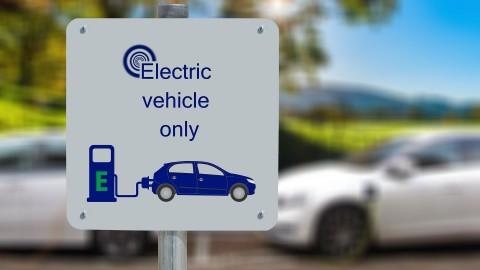 Nieuw parkeerbeleid jaagt personeel Flevoziekenhuis op extra kosten