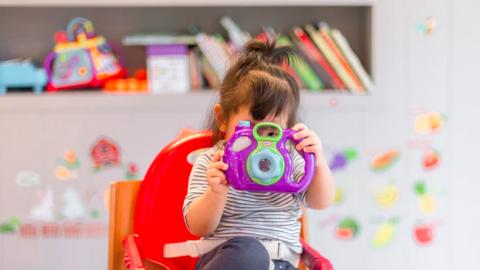 Basisscholen en kinderopvang gaan niet eerder open