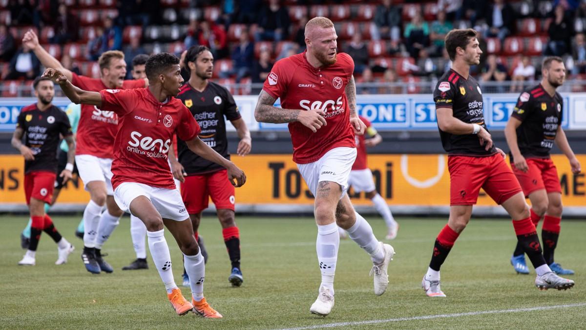 City FC weer koploper na winst op Helmond Sport