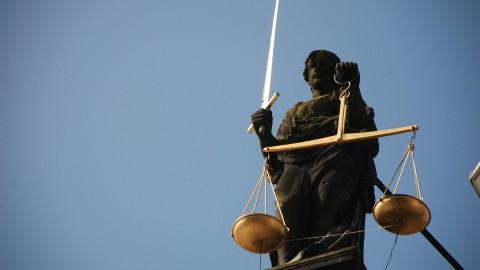 Eis: drie jaar cel voor misbruiken stiefkinderen