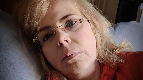 Ernstig zieke Roos naar Barcelona voor tests en mogelijke operatie, geld blijft nodig