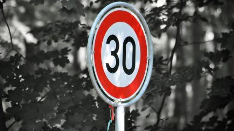 Bestuurders bekeurd bij snelheidscontrole Hogering