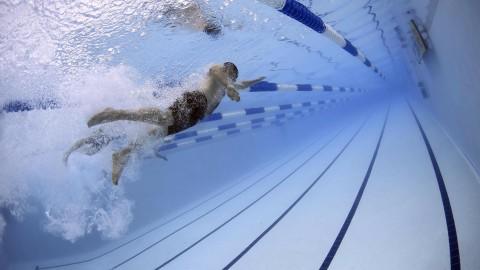 Zwemcompetitie New wave op de eerste plek